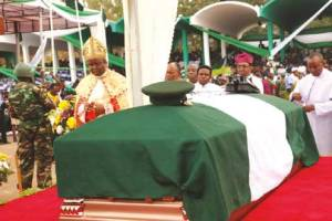 Ojukwus-bodys-wrapped-in-the-national-colours-lies-in-state-at-the-Enugu-funeral.-PHOTO-Emmanuel-Osodi