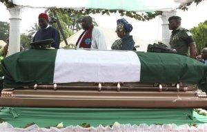 Ojukwus-burial2