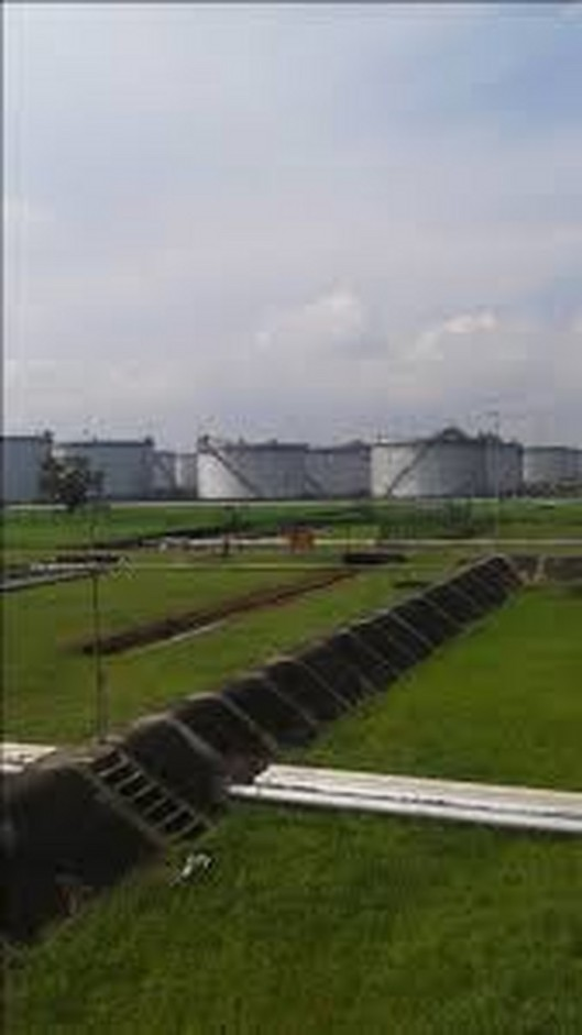 Biafra_Refinery335912d